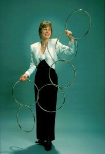 Jenna Barwin Performs Linking Rings